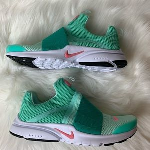 Nike Presto Extreme Youth Size 5 New